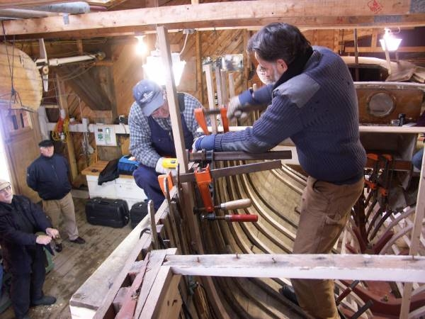 Attaching the ribs of a boat